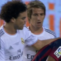 GIF: Is This 'Fight' Between Neymar, Pepe and Fabio Coentrao The Worst Ever?