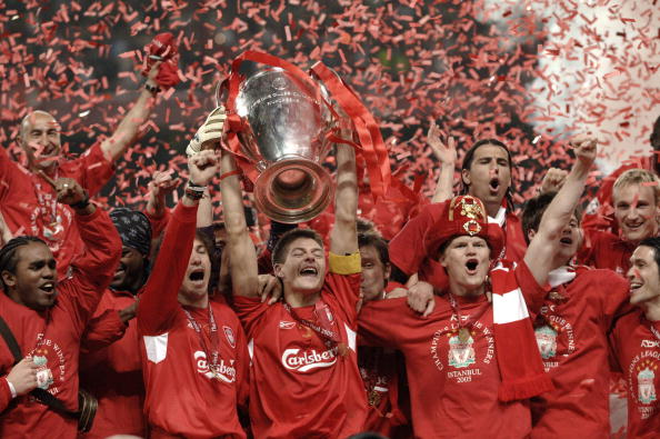 BT Sport, Football, UEFA Champions League Final, 25th May 2005, Ataturk Stadium, Istanbul, AC Milan 3 v Liverpool 3, ( Liverpool won 3-2 on penalties), Liverpool captain Steven Gerrard and the team celebrate with the trophy